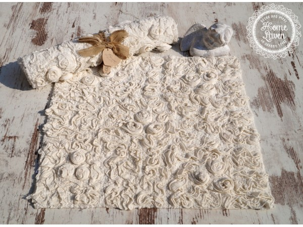 Teppich mit Rosenmuster 60x60 creme