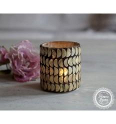 Teelichthalter mit goldfarbenen Glasplättchen