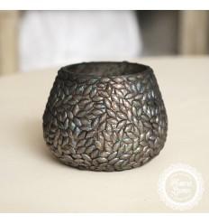 Teelichthalter mit kleinen Steinen