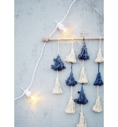 Wandbehang mit Quasten blau creme